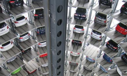 """La Fundación de Estudios Financieros presenta el Documento """"Sector Asegurador: nuevos retos del sector del automóvil"""""""
