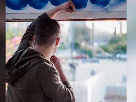 """Santander y Crecer con Futuro ayuda a 12 jóvenes con su programa """"De tú a tú"""""""