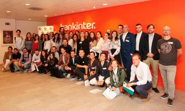 Grandes empresas asesoran a los finalistas del Premio Jóvenes máshumano