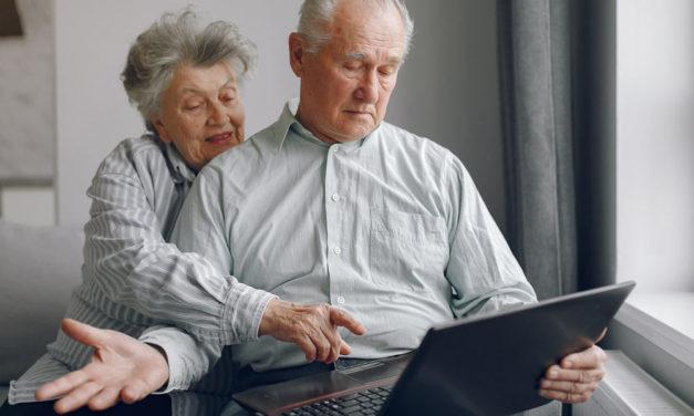 El portal «Afundación en casa» de la Obra Social ABANCA aúna voluntariado, cultura, formación y apoyo a los mayores para animar a quedar en casa