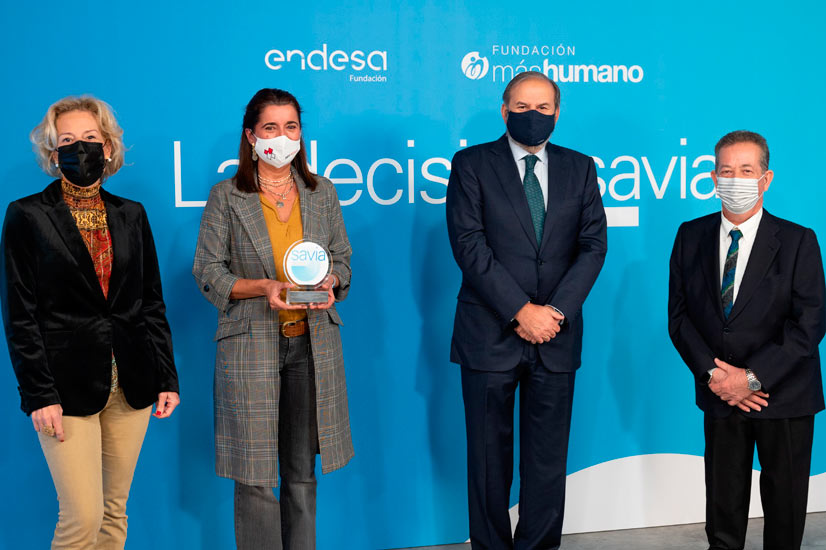 La Fundación ENDESA rinde Homenaje a los miles de profesionales mayores de 50 años que luchan contra la pandemia