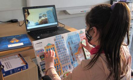 Voluntarios CaixaBank acompañan en la lectura a 600 menores vulnerables de toda España
