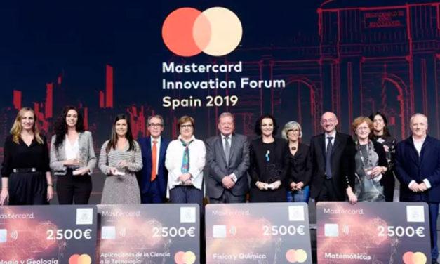 Mastercard y la Fundación Real Academia de Ciencias de España lanzan la segunda edición de sus Premios al Joven Talento Científico Femenino