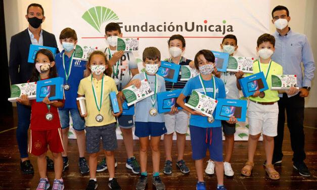 La III Liga Escolar de Ajedrez Fundación Unicaja celebra su gran final con más de un centenar de alumnos